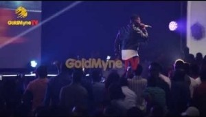 Video: FALZ PERFORMS WELL DONE SIR AT THE FALZ EXPERIENCE